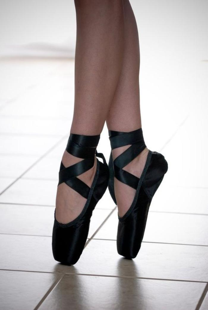 Ribbons On Pointe