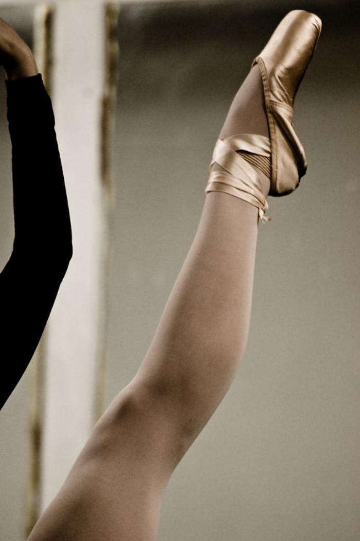 pointes-de-danse-classique-pointe-danse-classique-couleur-douce