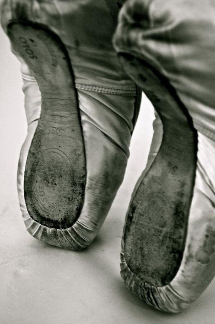 pointes-de-danse-classique-semelles-souples-de-chaussures-de-ballet