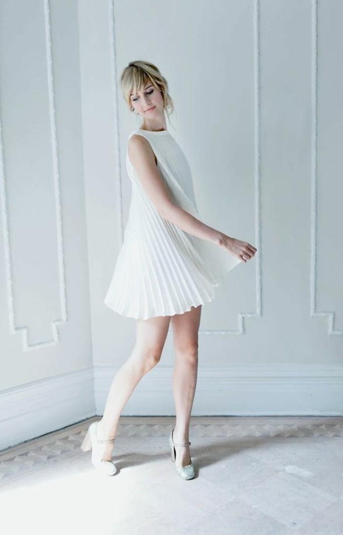 robe-courte-plissée-blanche-robe-de-soirée-pas-cher-robe-ceremonie-femme