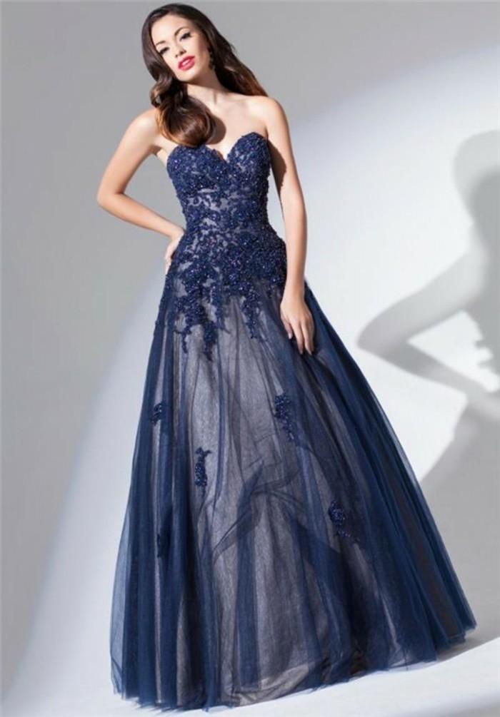 robe-de-soirée-longue-étincelante-resized