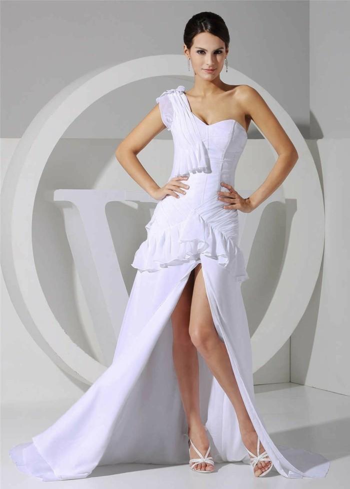 robe-de-soirée-longue-blanche-fendue-resized