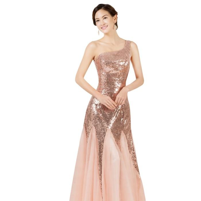 robe-de-soirée-longue-douce-et-féminine-resized