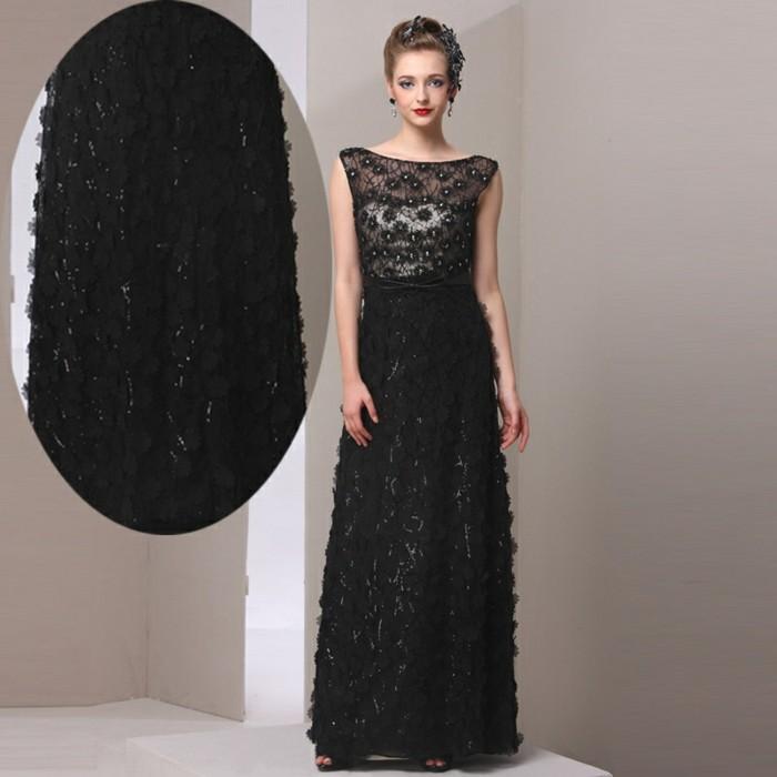 robe-de-soirée-longue-noire-brillante-resized