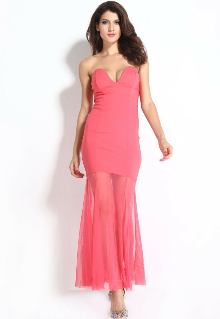 robe-de-soirée-longue-rose-tulle-sur-les-bords-resized