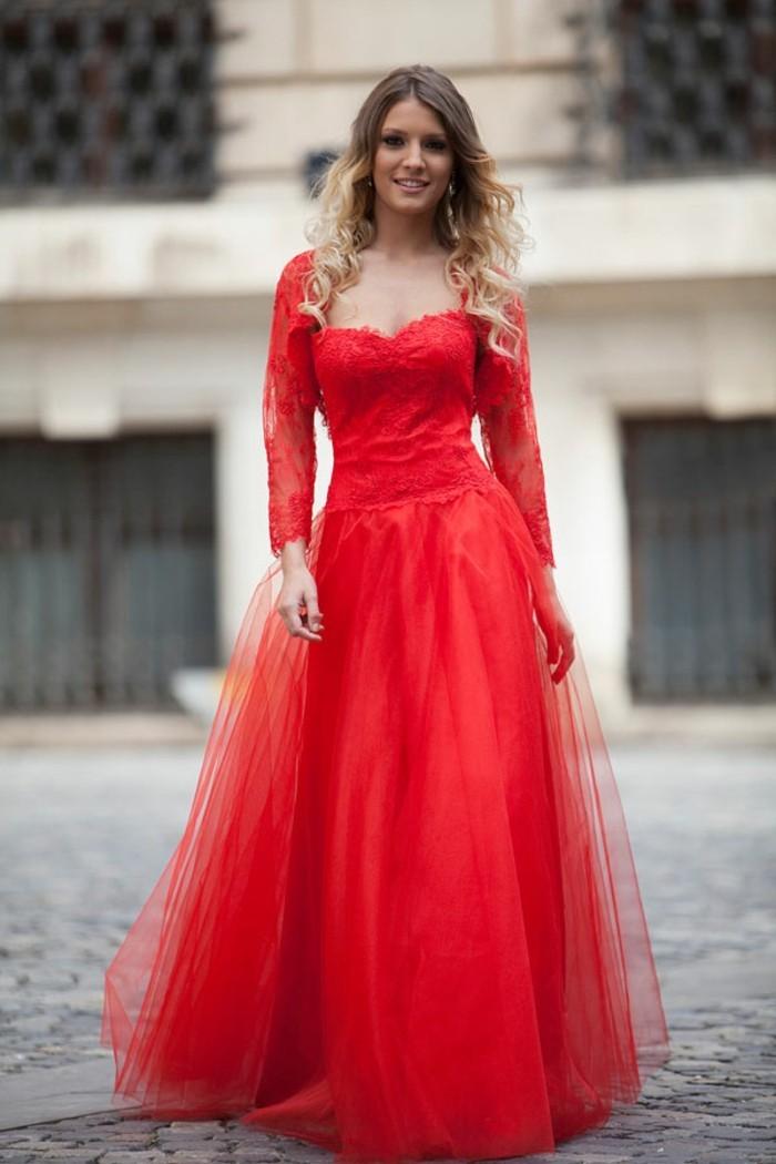 robe-de-soirée-longue-rouge-effet-ballerine-resized