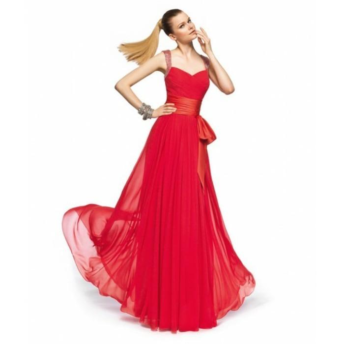 robe-de-soirée-longue-rouge-vive-la-classe-resized