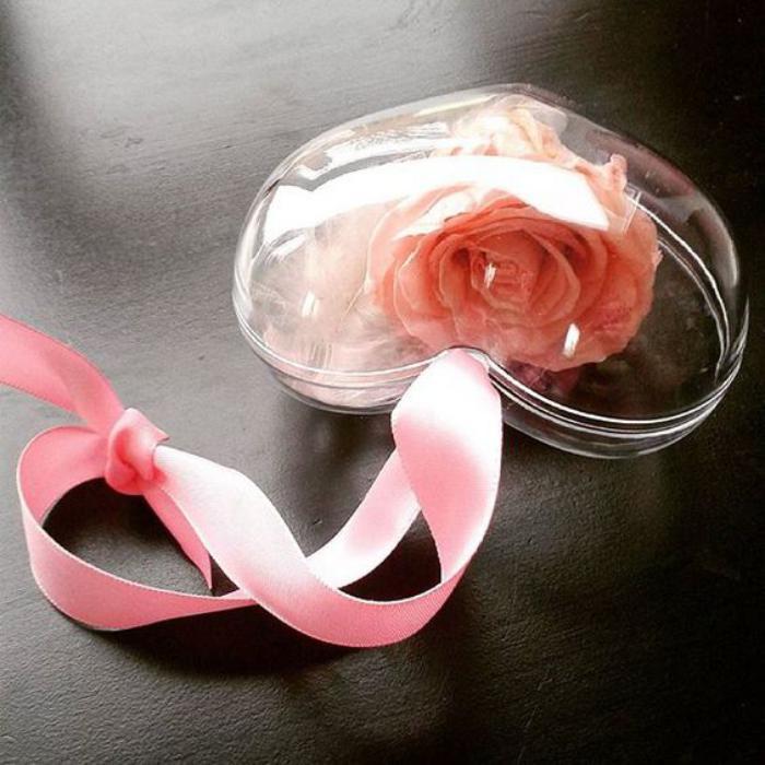 rose-stabilisée-grand-pendentif-coeur-avec-rose-éternelle