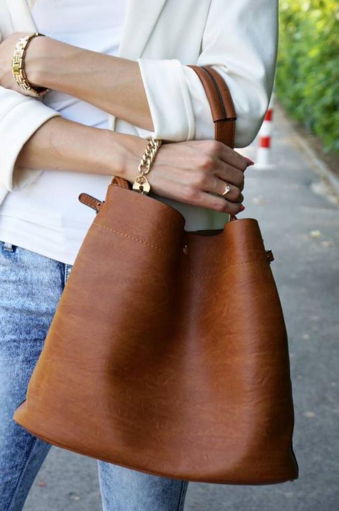 sac-camel-sac-cbas-en-cuir-marron-gros-sac-trendy
