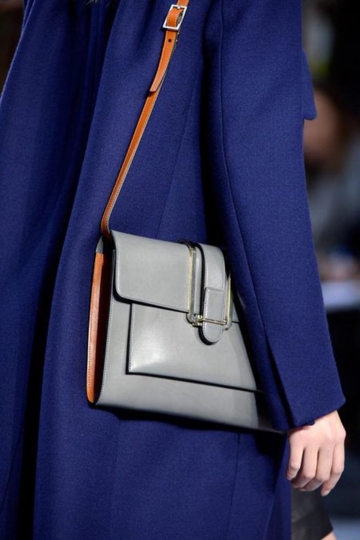 sac-chloe-sac-satchel-gris-avec-bandoulière