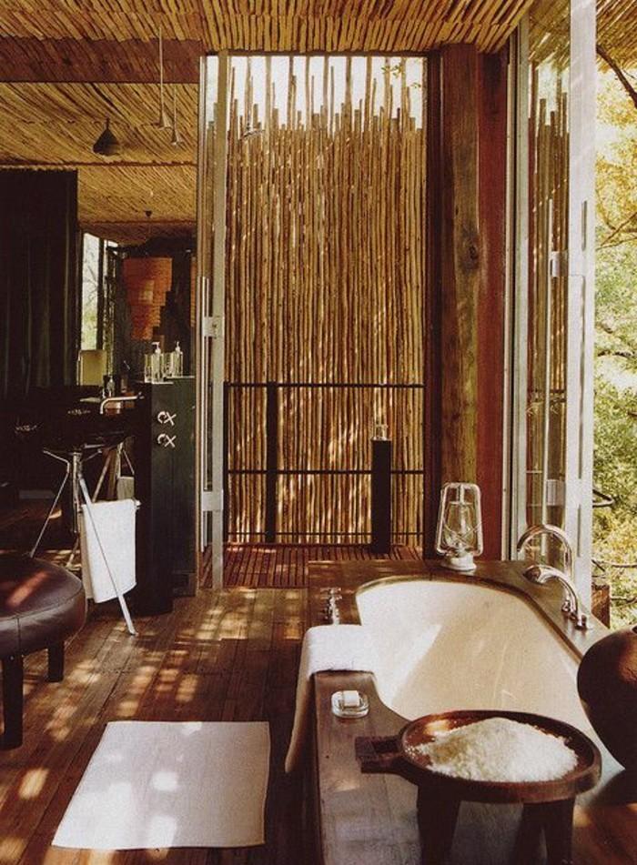 Bambou dans salle de bain for Salle de bain style bambou