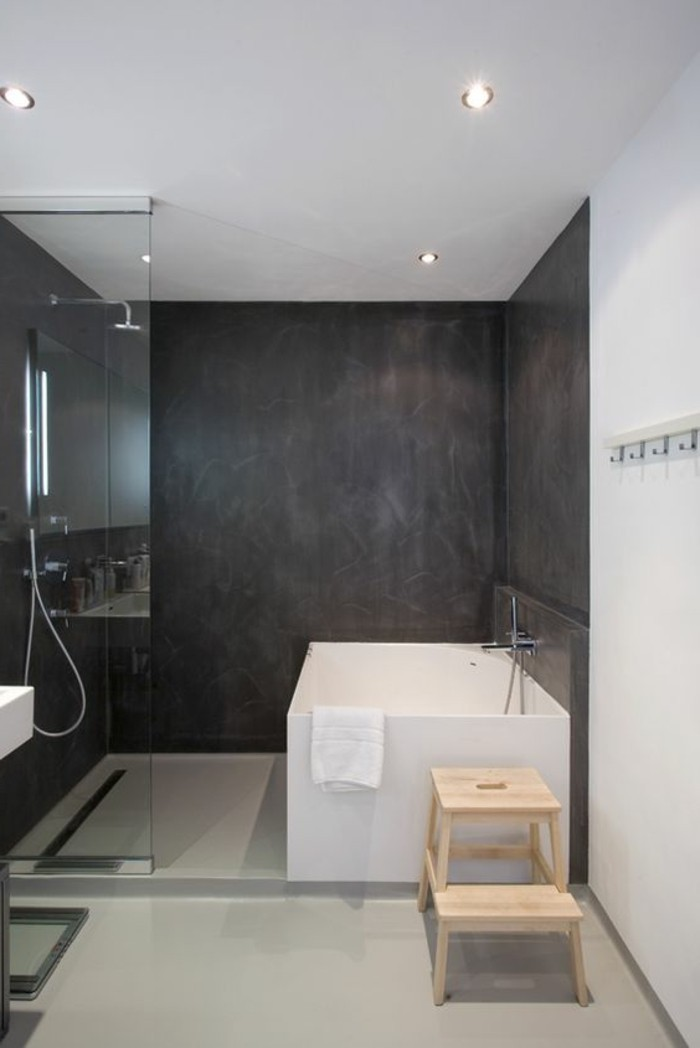 Comment cr er une salle de bain contemporaine 72 photos for Salle de bain carrelage blanc mur gris
