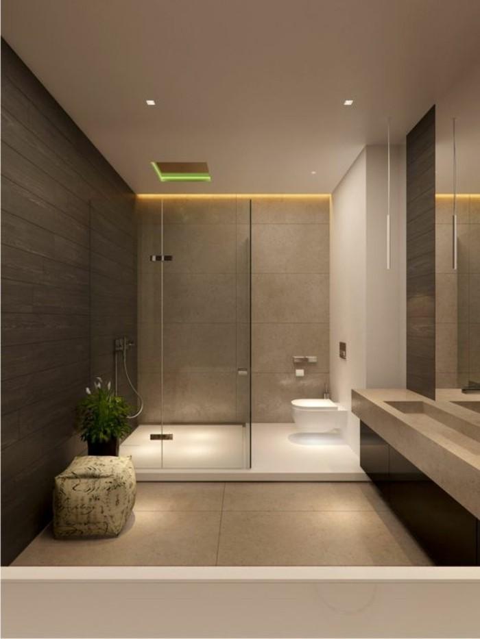 salle-de-bain-taupe-modele-de-salle-de-bain-à-l-italienne-de-couleur-beige