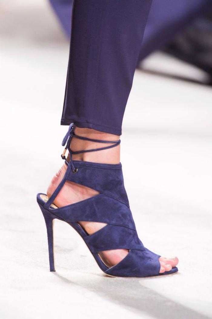 sandales-montantes-de-luxe-sandales-stylées