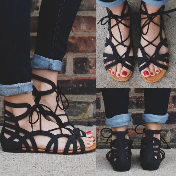 sandales-montantes-noires-originales-et-pratiques