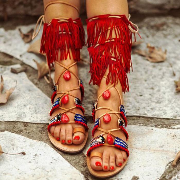 sandales-montantes-rouges-boho-chic
