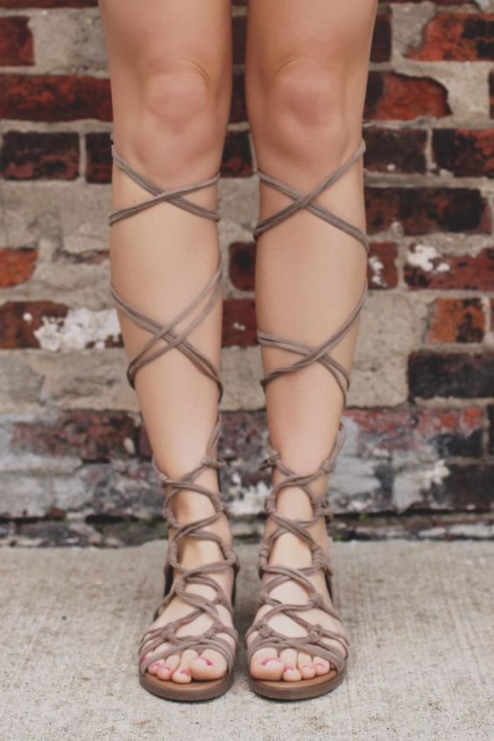 sandales-montantes-sandales-gladiateur-hautes