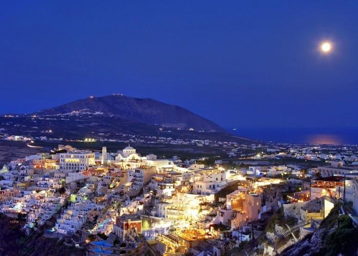 santorini-voyage-en-grèce-tout-inclus-vacance-en-grece