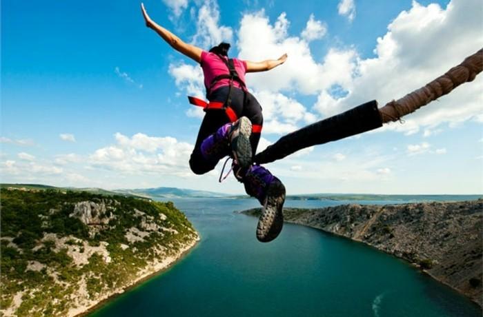saut-elastique-pont-maslenica-croatie-les-choses-à-faire-avant-de-mourir