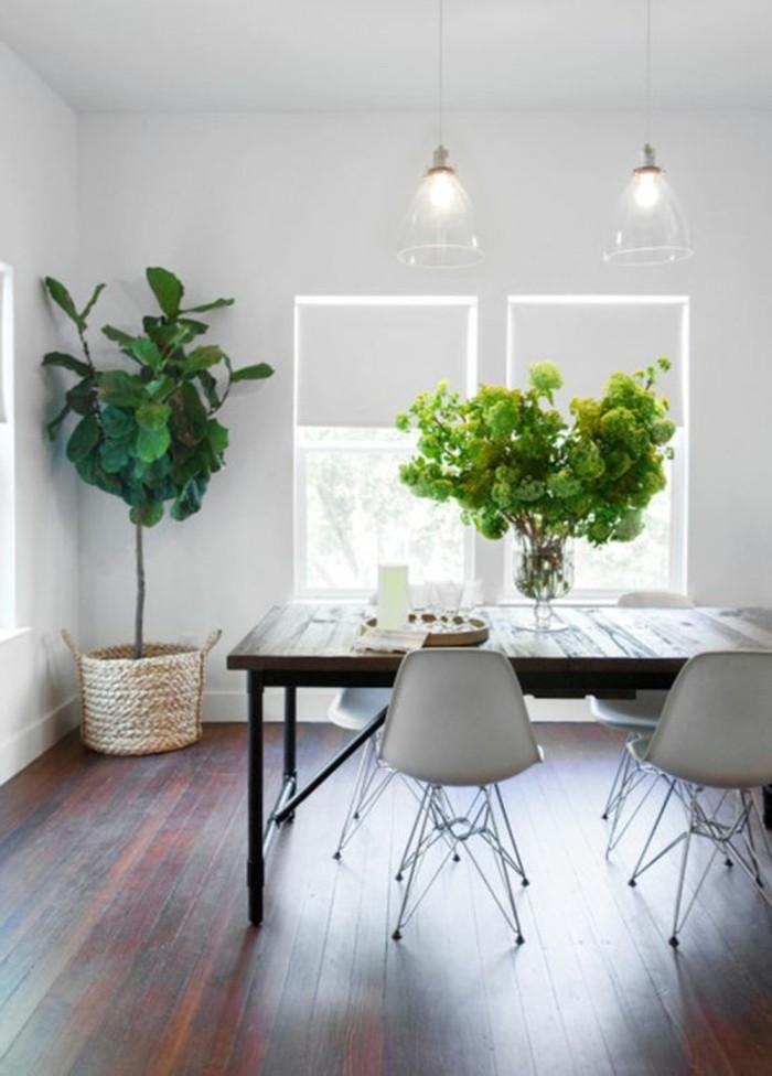 sol-en-planchers-en-bois-foncé-meubles-de-cuisine-murs-blancs-store-occultant-fenetre