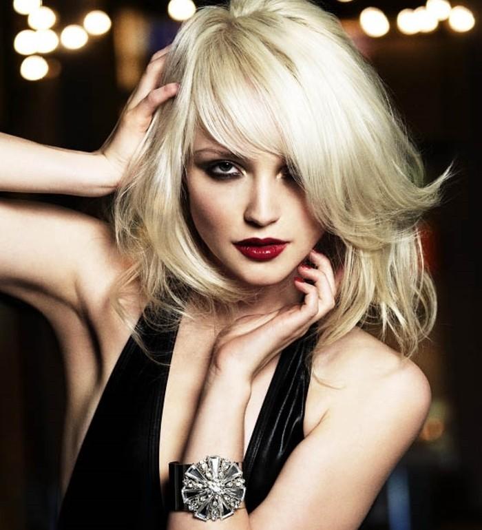 superbe-coiffure-soirée-idée-cheveux-longs-blonde-mi-longue-resized