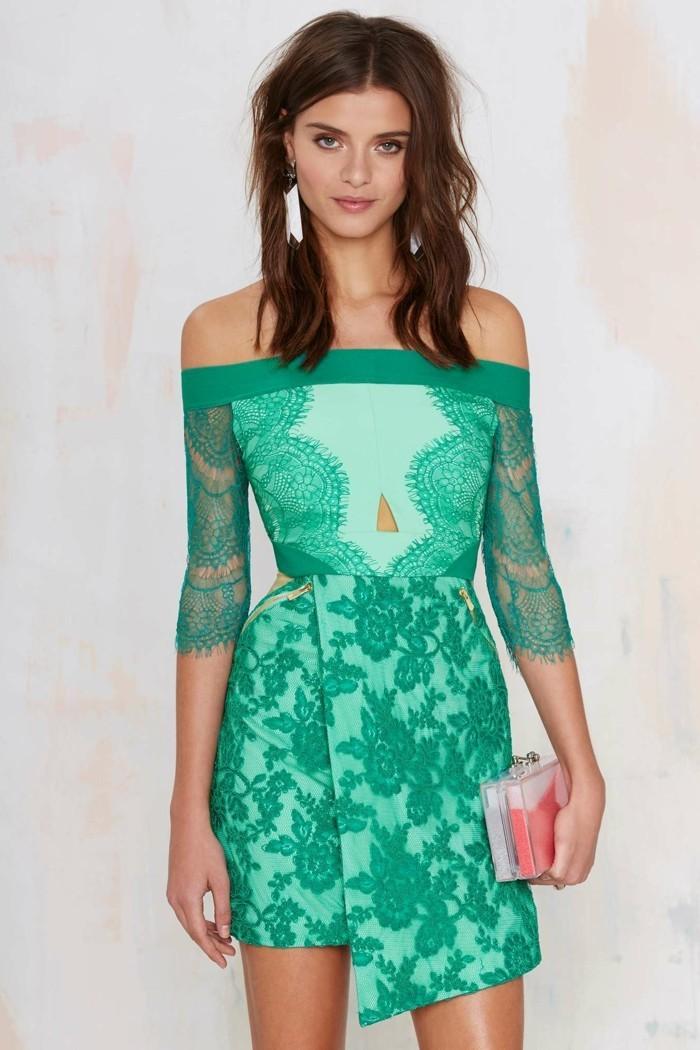 superbe-robe-à-dentelle-robe-de-dentelle-vert