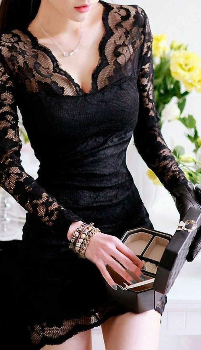 superbe-robe-élégante-à-dentelle-robe-de-dentelle