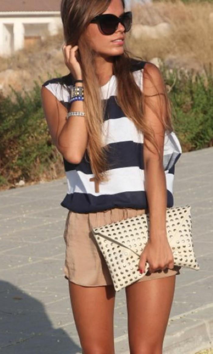 superbe-short-bleu-femme-idée-s-habiller-bien