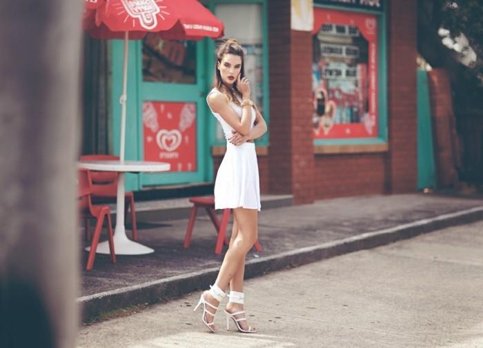 une-chaussure-femme-blanche-cool-idée