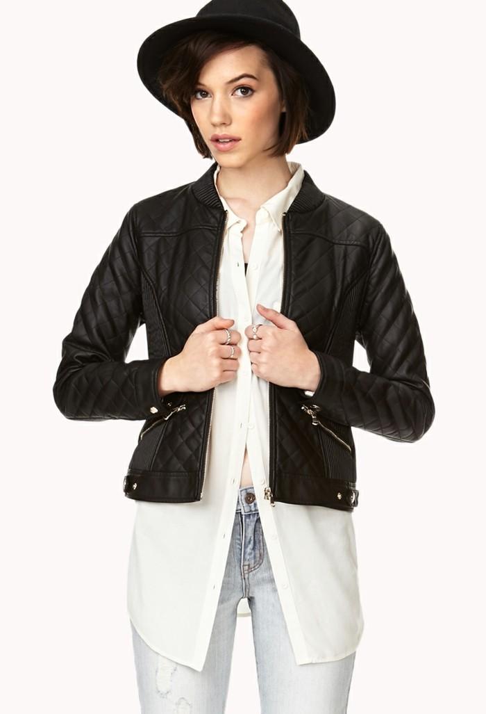 veste-d'été-femme-en-cuir-noir-courte-pour-le-jean-et-une-chemise-blanche-resized