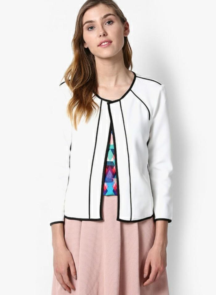 veste-d'-été-femme-blanche-chic-elegance-resized