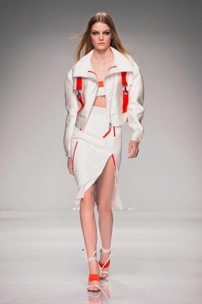 veste-d'-été-femme-blanche-doudoune-elements-decoratifs-en-orange-resized