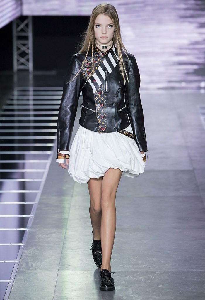 veste-d'-été-femme-en-cuir-noir-resized