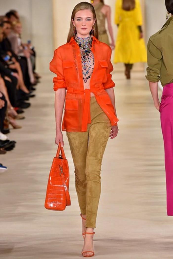 veste-d'-été-femme-orange-aux-demi-manches-resized