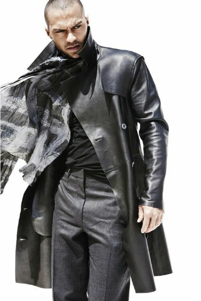 veste-homme-long-en-cuir-noir-les-dernieres-tendances-de-la-mode-homme