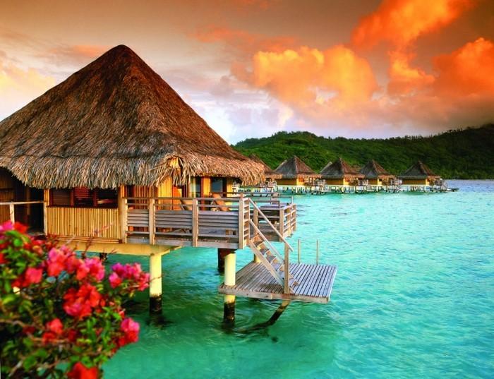 Bungalows sur l'eau, Intercontinental Bora Bora Le Moana Resort