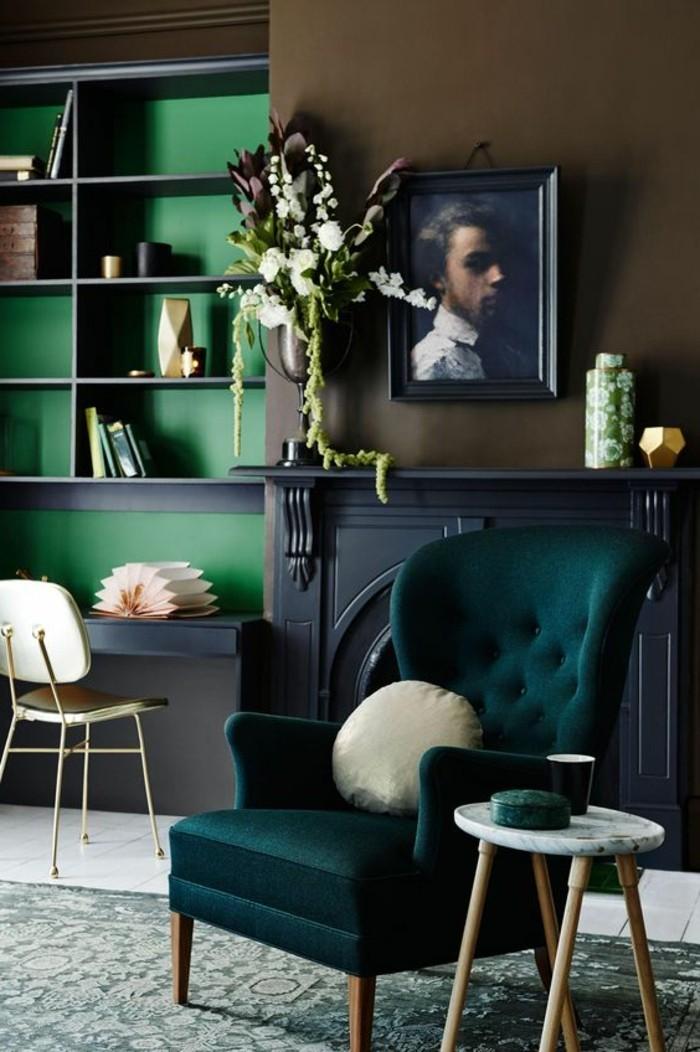 0-astuces-deco-appartement-retro-chic-magnifique-decoration-en-vert-foncé-et-bleu