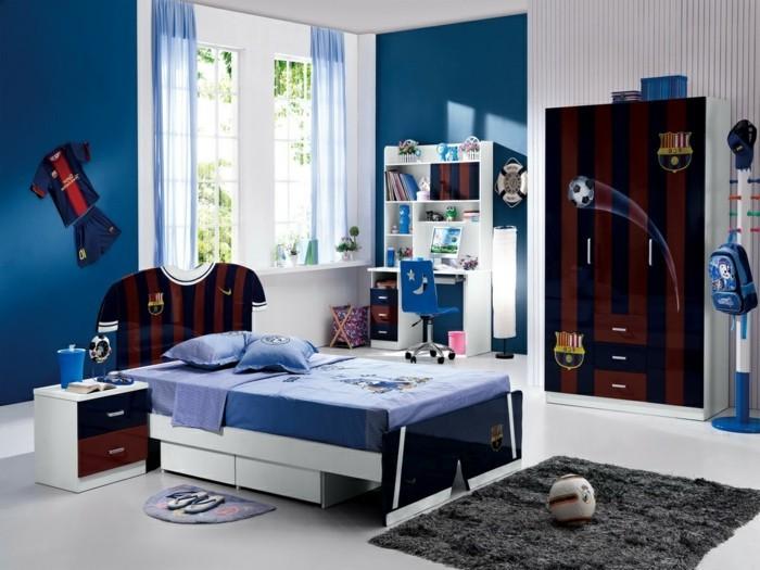 0-chambre-garcon-ado-en-bleu-foncé-tapis-gris-en-fourrure-idee-deco-chambre-football