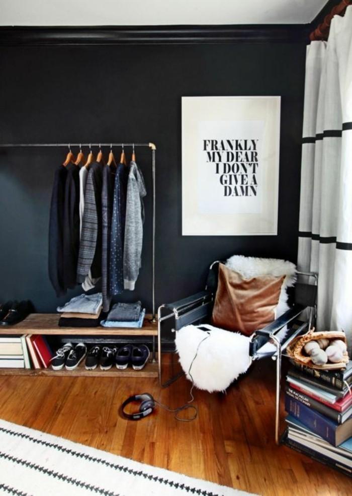 0-conforama-chambre-ado-interieur-chic-stylé-mur-en-gris-foncé-tapis-beige-coussin-marron