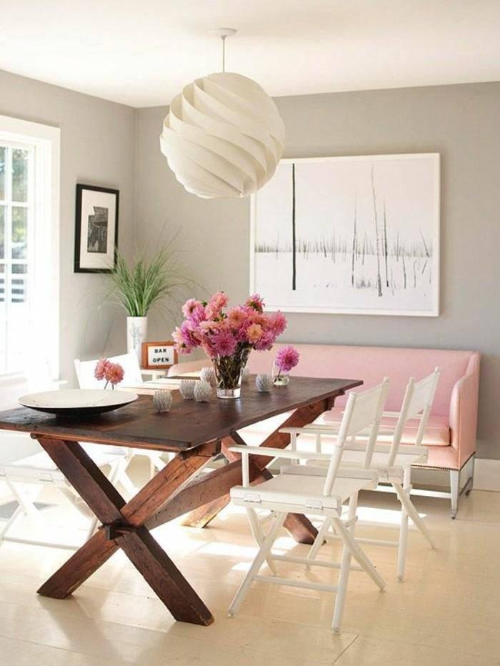 0-déco-salle-à-manger-magnifique-idee-deco-lustre-boule-blanc-en-tissu-canape-rose