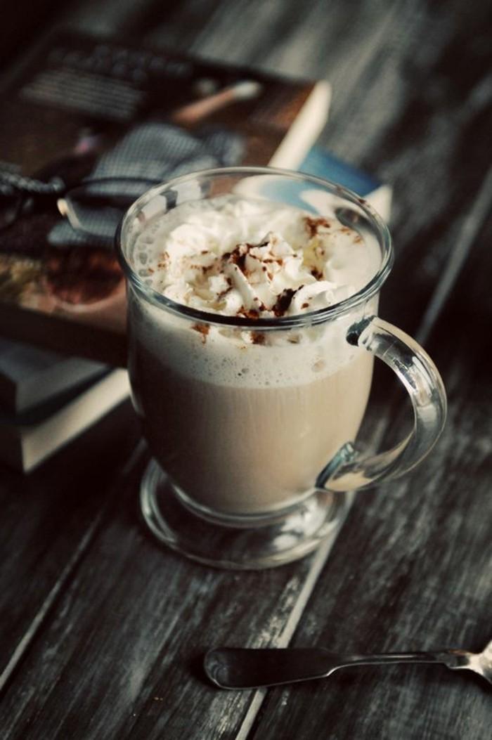 0-faire-mousser-le-lait-à-la-maison-recette-café-au-lait-et-chocolat-les-plus-délicieux-café-cappuccino
