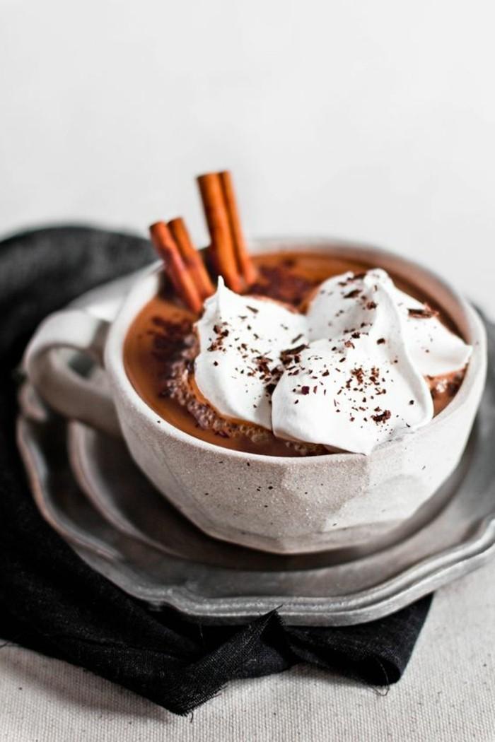 0-faire-mousser-le-lait-a-maison-recette-cafe-recette-cappuccino-maison