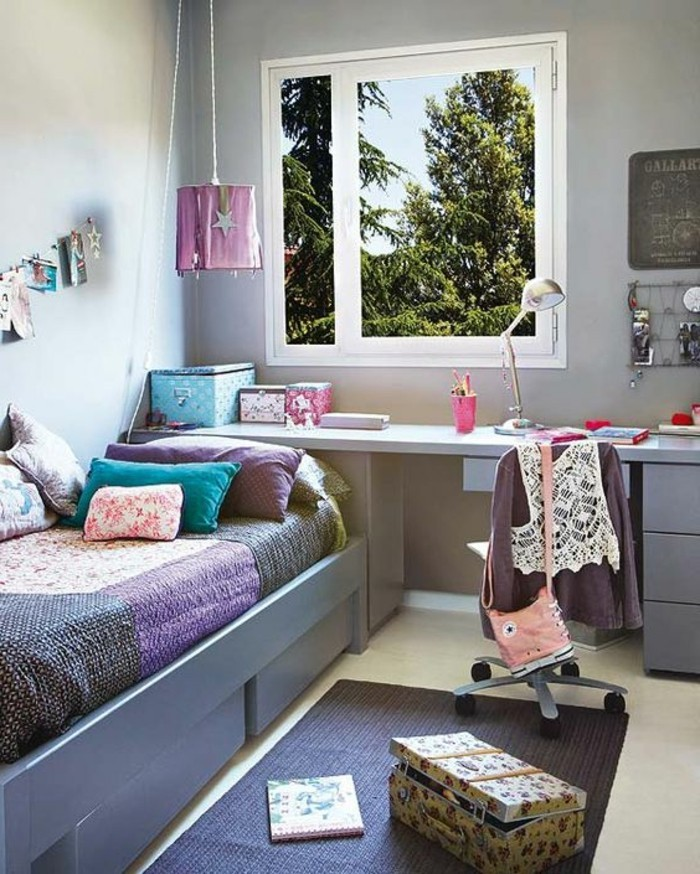 good chambre bebe couleur bleu chambre ado fille en gris tapis en gris fonc grande fenetre avec. Black Bedroom Furniture Sets. Home Design Ideas