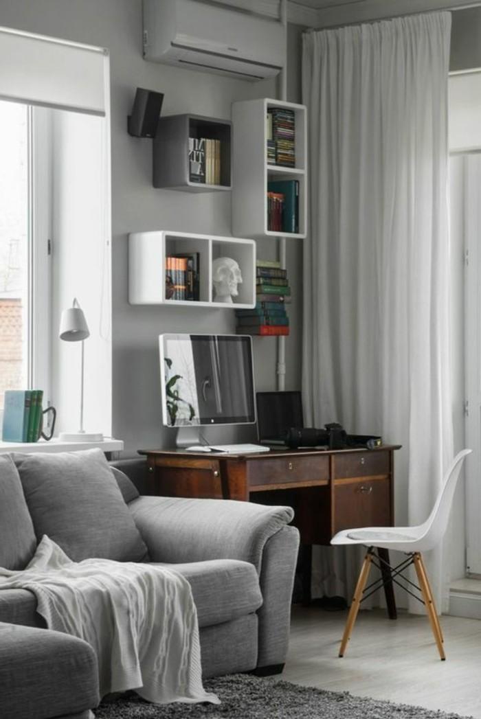 0-séparation-de-pièce-amovible-rideau-blanc-canapé-gris-lampe-de-lecture-blanche-studio-etudiant