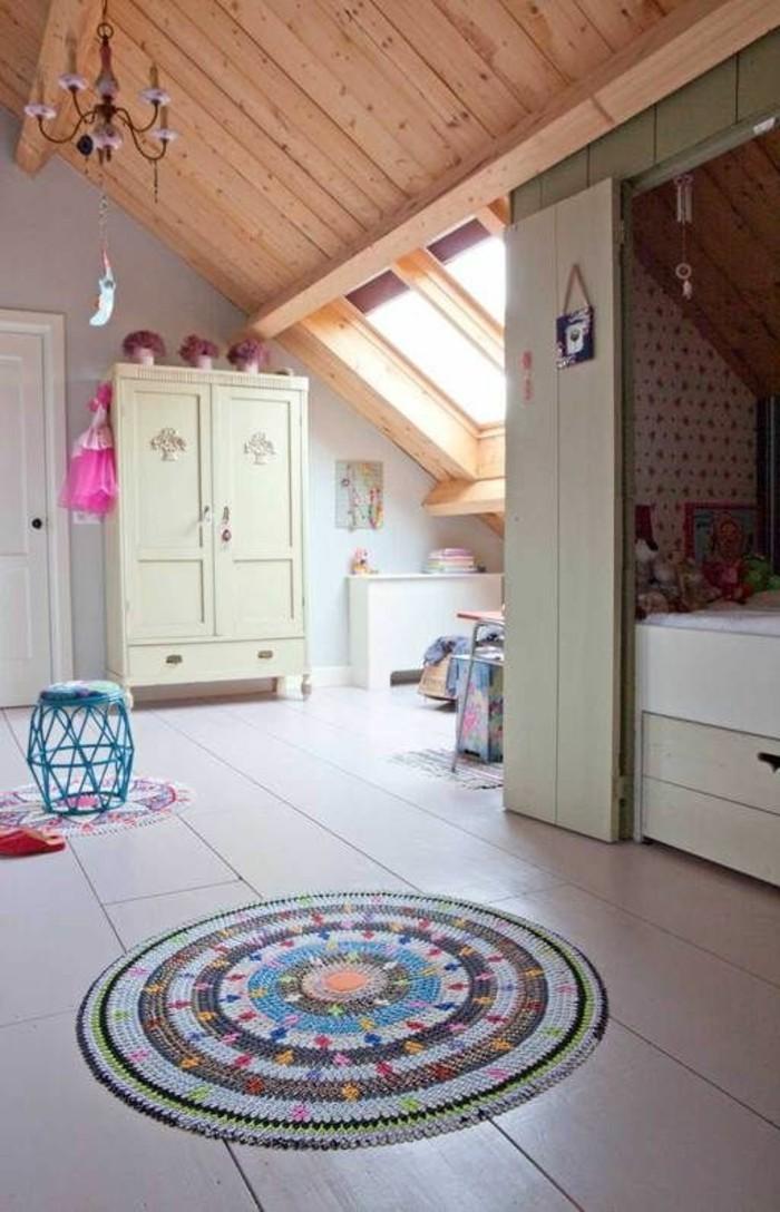 00-conforama-chambre-fille-tapis-rond-coloré-chambre-ado-sous-pente