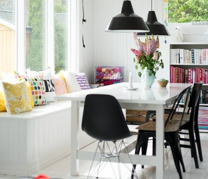 000-déco-salle-à-manger-meubles-salle-de-sejour-chic-table-en-bois-blanc-bans-dans-la-salle-a-manger