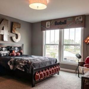 Comment aménager une chambre d'ado garçon - 55 astuces en photos!
