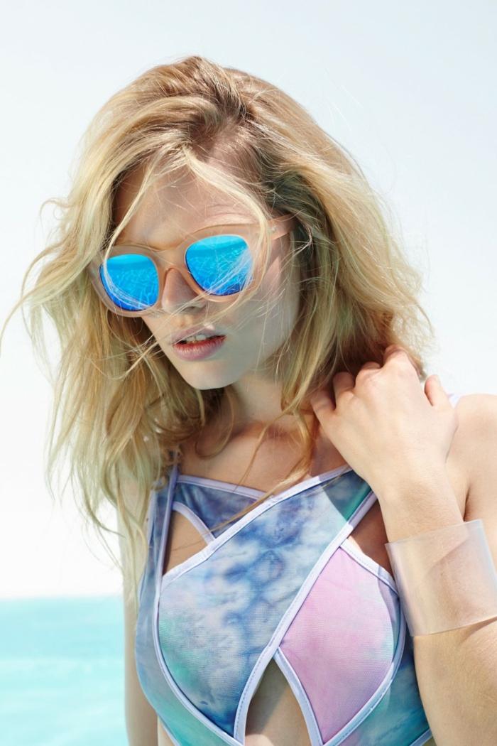 accessoires-comment-bien-choisir-ses-lunettes-belle-femme-blonde