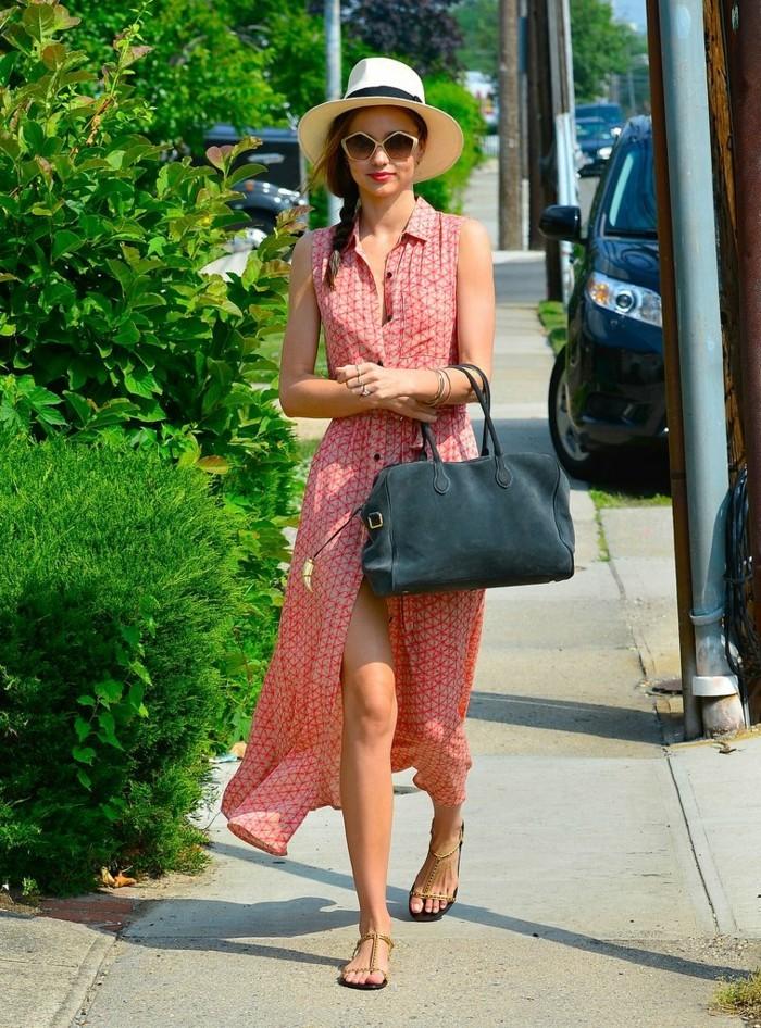 admirable-robe-été-robe-longue-d-été-belle-miranda-kerr