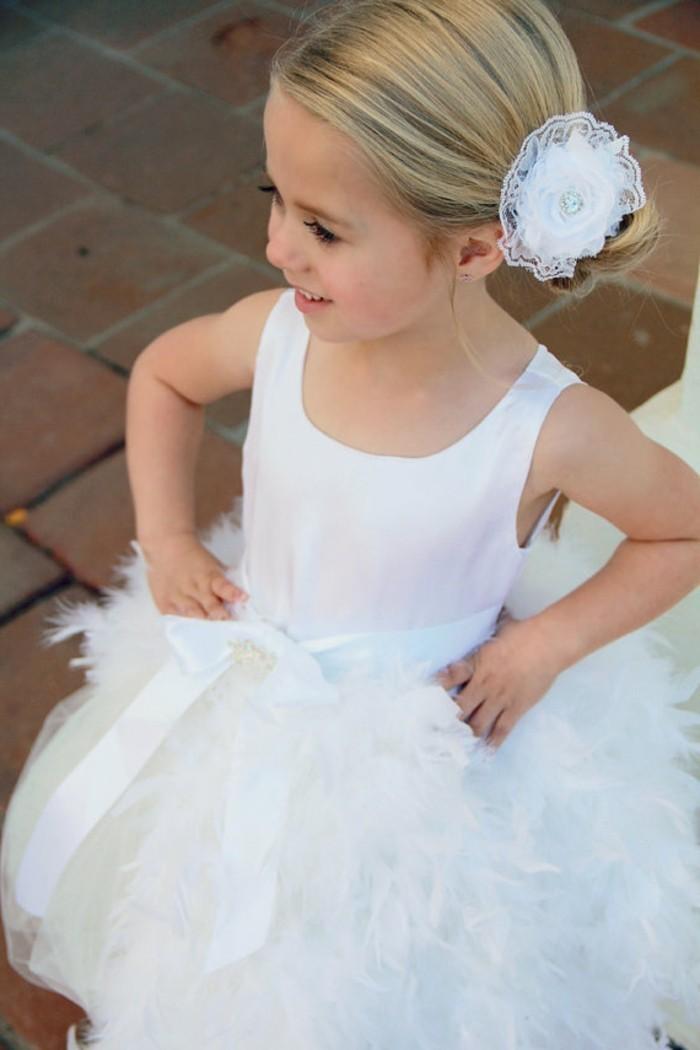 adorable-chignon-petite-fille-mariage-idée-chouette-photo